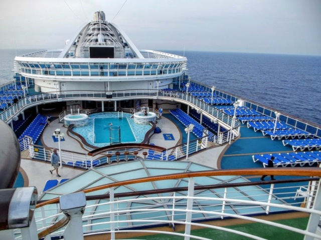 CaribbeanP Ship_Walk