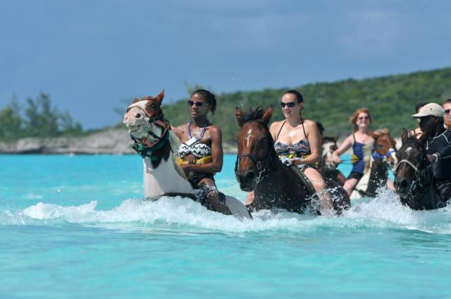 ccl_horseback-riding-by-land-and-sea-half-moon-cay