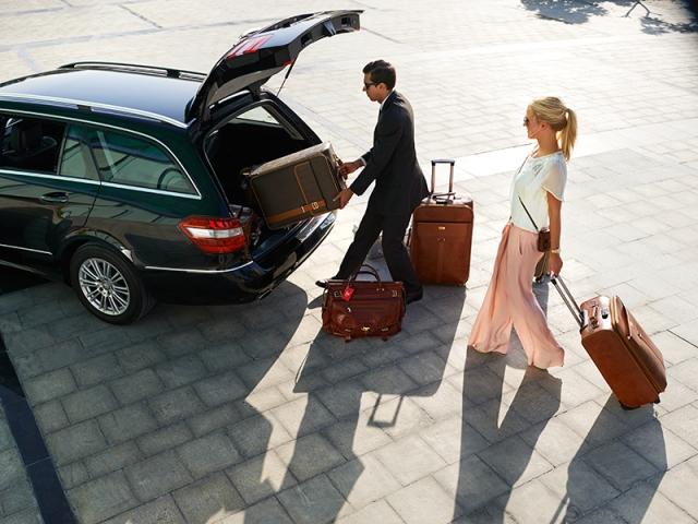 Emirates_Chauffeur_Drive